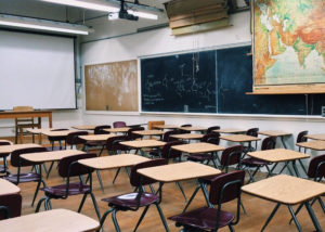 estruturatradicional_aula_flipped_classroom