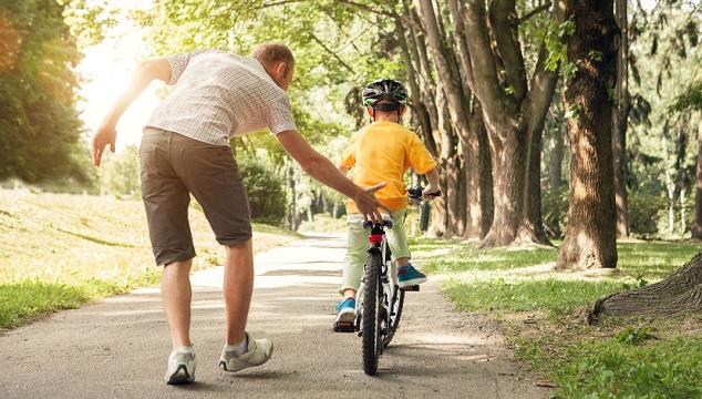 aprendiendo_a_montar_en_bicicleta