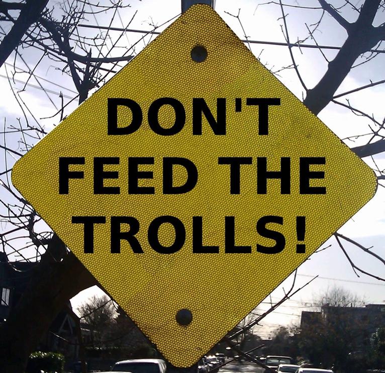 peligros internet niños trolls