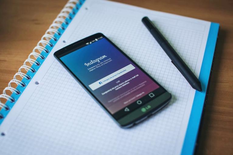 instagram niños redes sociales
